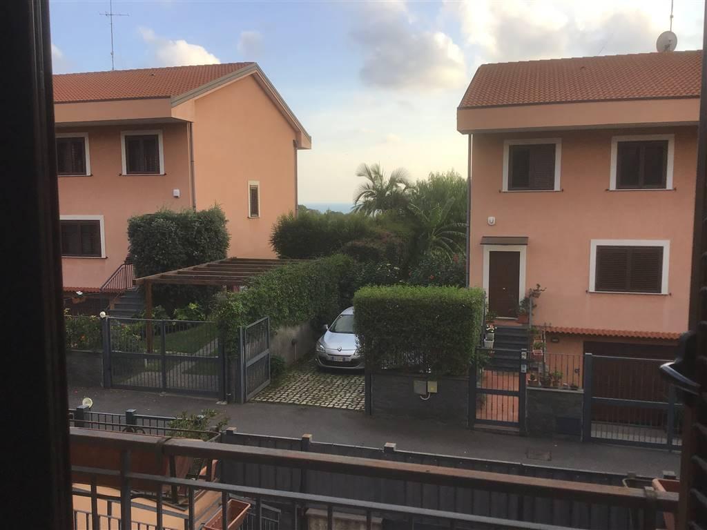 Villa a schiera in Via Roberto Rimini 49, Cannizzaro, Aci Castello