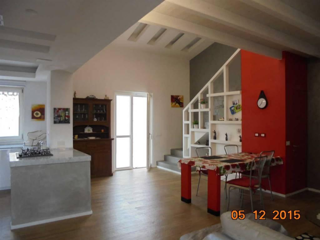 Casa semi indipendente, Livorno, ristrutturato