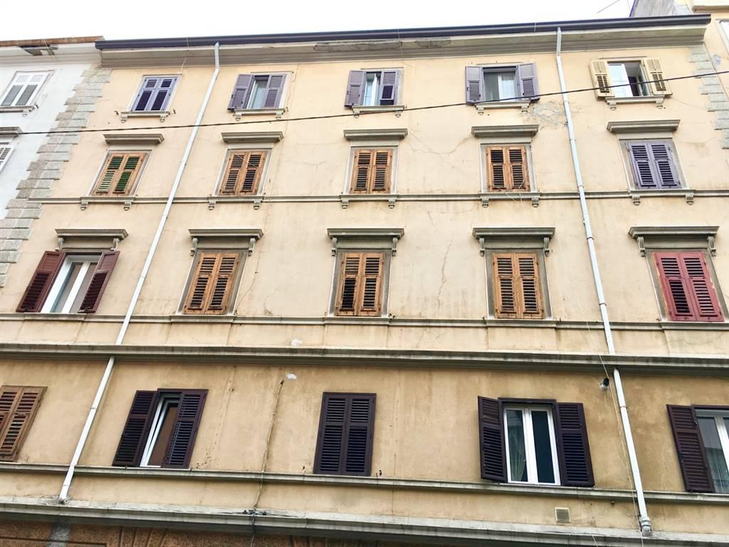 Bilocale, Trieste, da ristrutturare
