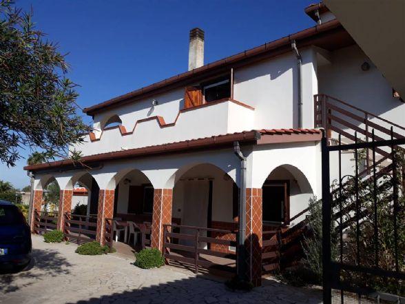Villa, Foce Verde, Latina, abitabile