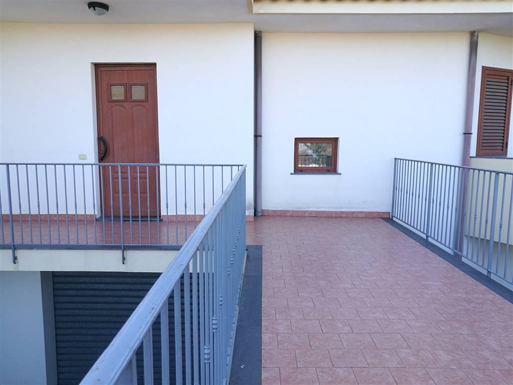 Villa a schiera, Acireale, in ottime condizioni