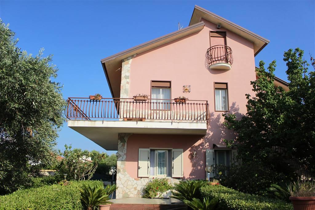 Villa in Contrada Baia Del Silenzio, Augusta
