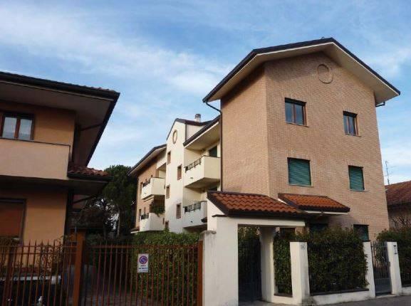 Appartamento in Via Serenelle 6, Desio