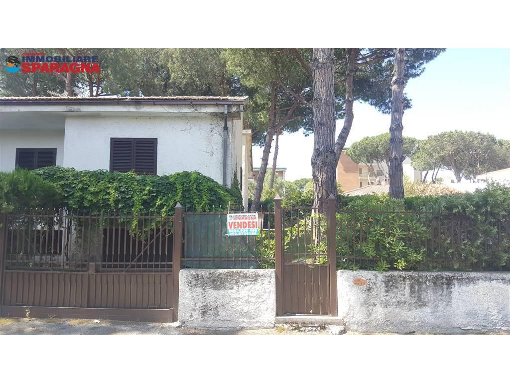 Villa a schiera, Baia Domizia, Sessa Aurunca, abitabile