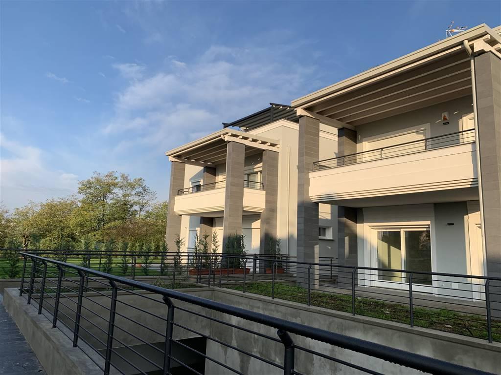 Trilocale in Via Verdi 7, Velate, Usmate Velate