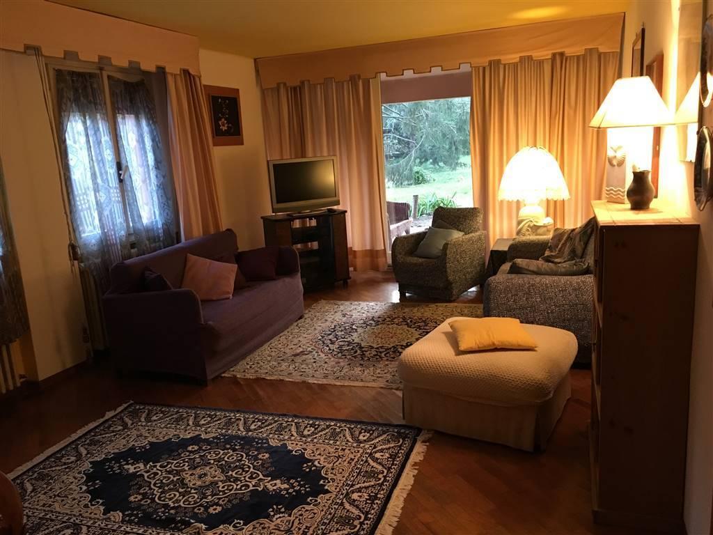 Appartamento in vendita a Toscolano-Maderno, 3 locali, prezzo € 270.000 | PortaleAgenzieImmobiliari.it