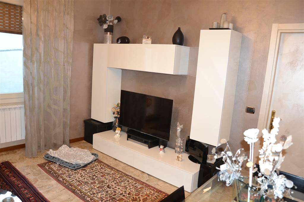 Appartamento in vendita a San Felice del Benaco, 4 locali, prezzo € 270.000   PortaleAgenzieImmobiliari.it