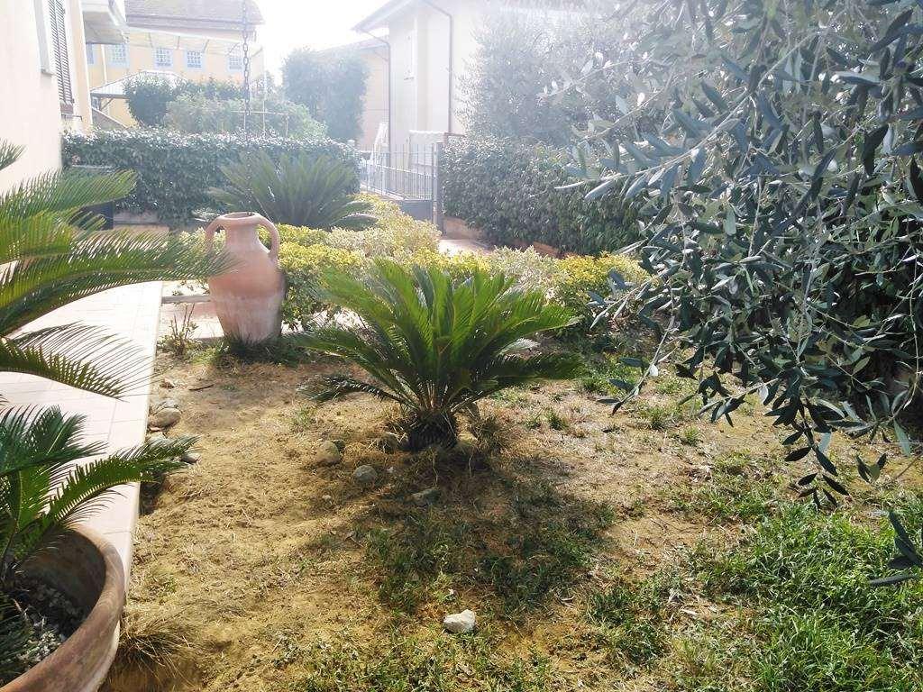 Foto - Villetta A Schiera In Vendita  Monsummano Terme