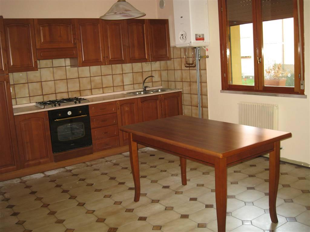 Bilocale in Via  Piave 22, Castello Di Godego