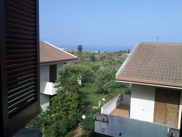 Trilocale, Messina