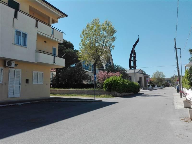 Quadrilocale in Via Martiri D'ungheria, Lido Di Campomarino, Campomarino
