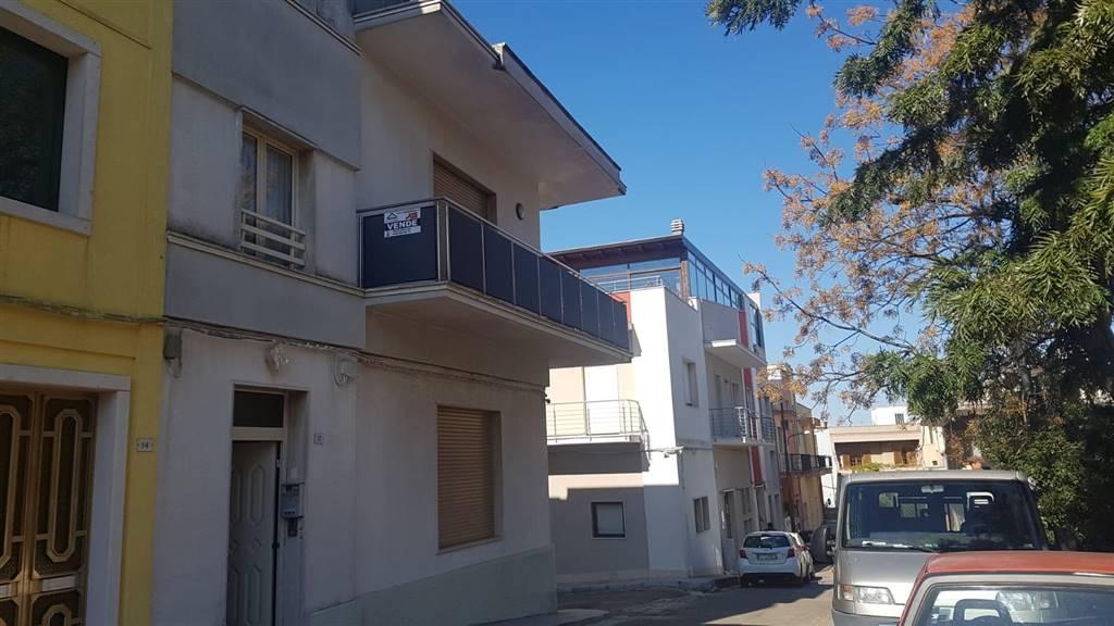 Appartamento in Via Siena, Parabita