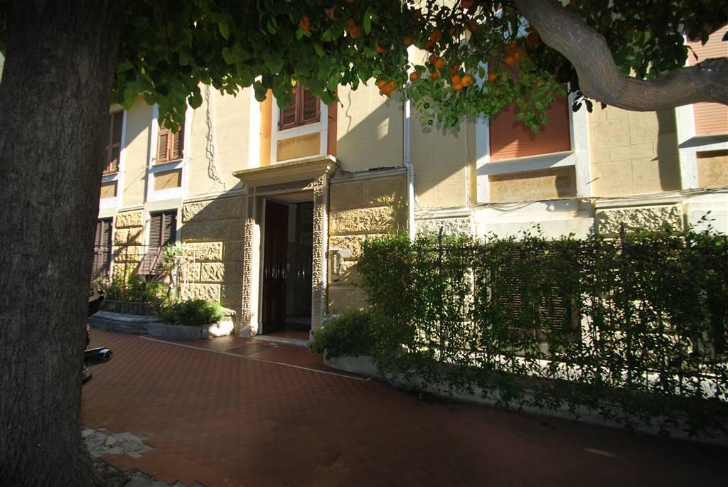 Appartamento in Viale Rainusso, Santa Margherita Ligure