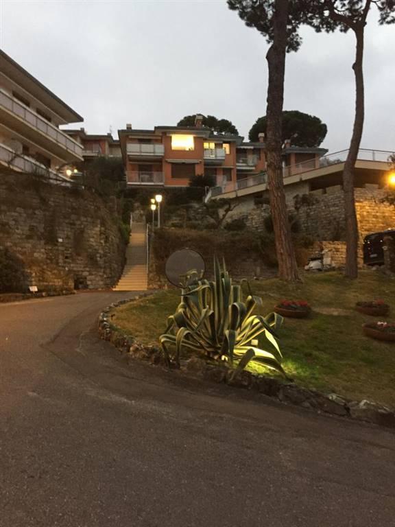 Quadrilocale in Via Aurelia Ponente, San Michele Di Pagana, Rapallo