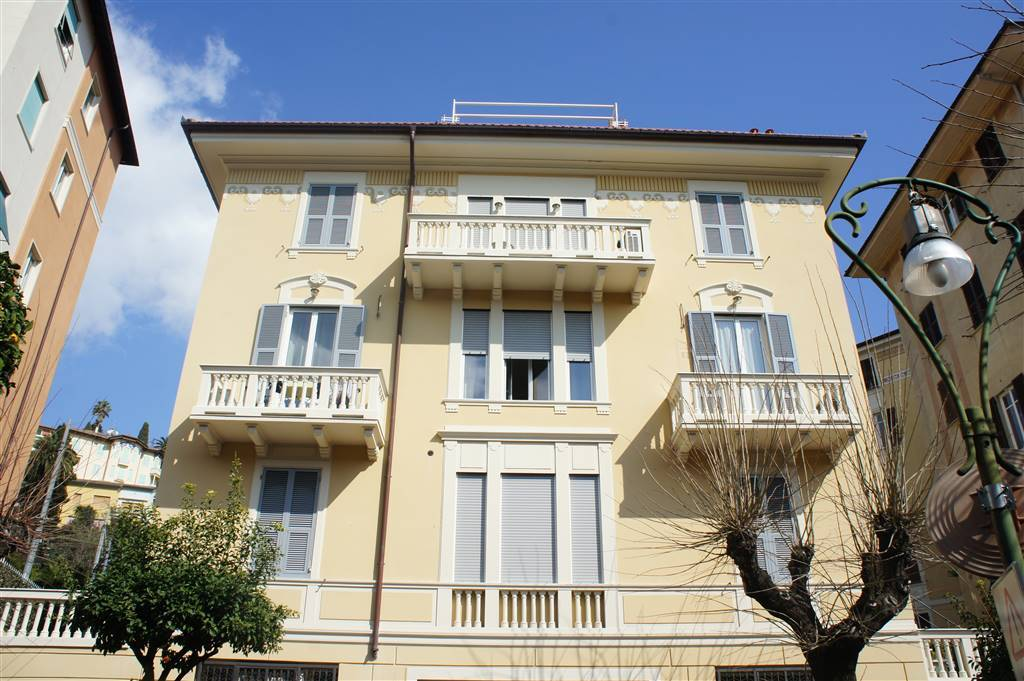 Quadrilocale in Viale Rainusso, Santa Margherita Ligure